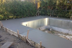 pool builds and renovations